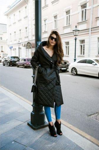 Черное пальто. Как не выглядеть скучно и однообразно?